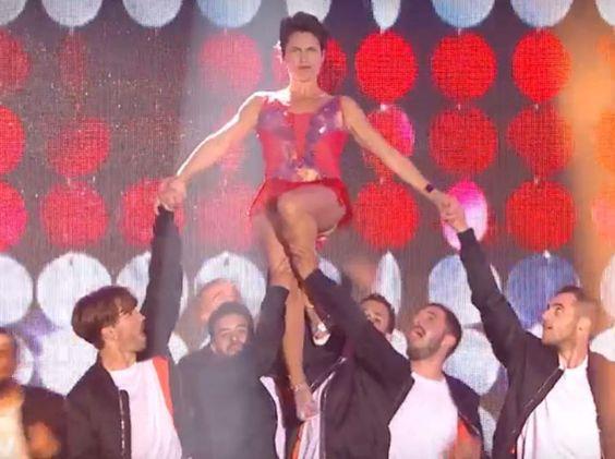 VIDEO Alessandra Sublet ouvre l'Euro 2016 avec une danse sexy et enflammée - Voici