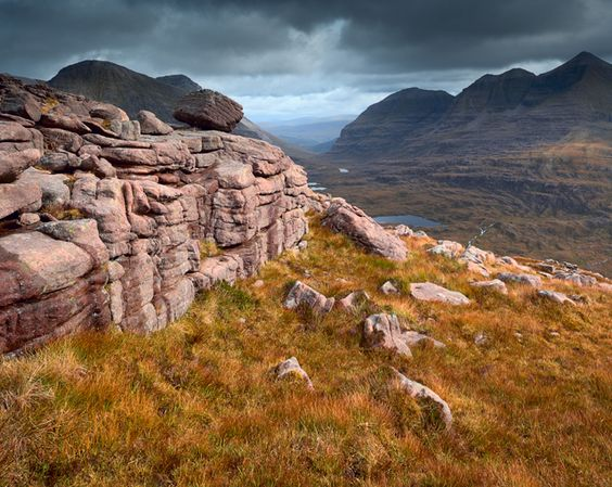 Ben-Eighe-and-Liathach-Copyright-Michael-Stirling-Aird-2010.jpg 640×510 Pixel