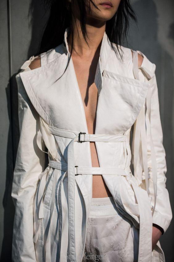 Ann Demeulemeester S/S18 Women's – Paris Backstage - fashion - StyleZeitgeist, SS18, Spring Summer, PFW, Paris, Fashion, Backstage, Ann Demeulemeester, 2017