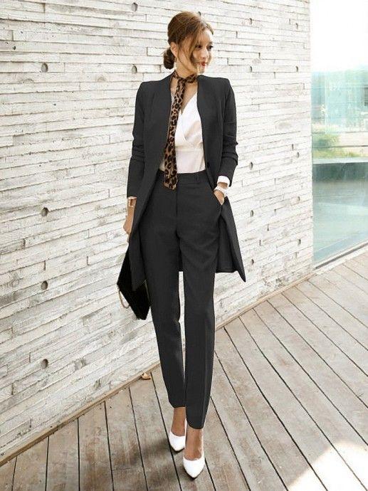 Черный брючный костюм — простой способ выглядеть стильно 3