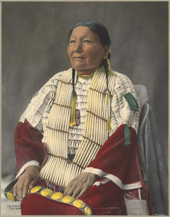 Calls Her Name, Sioux. Frank A. Rinehart photography, 1898-1900 (approximate). Boston Public Library, Print Department: