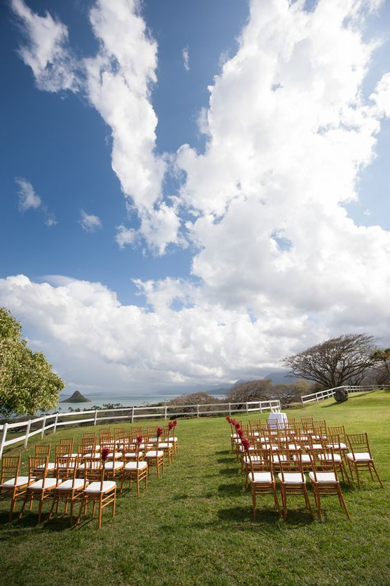 Romantic Ranch Wedding { Oahu } - Modern Weddings Hawaii : Bridal Inspiration #ranch #rustic #hawaii #destination #wedding #ceremony #decor