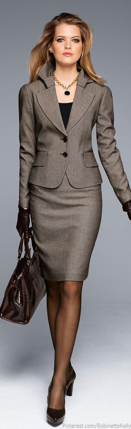 A true power suit for all professionals who prefer skirted