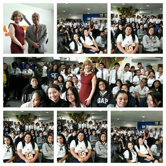 Conversatorio de Rosa Marie Tapia R. con los estudiantes del Instituto Biligűe de Panamá el 26 de septiembre de 2016