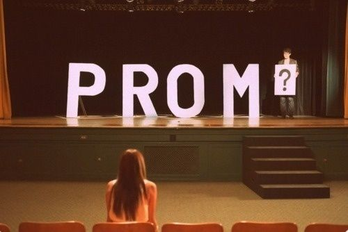 #ISOBeauty a date asking for prom cute