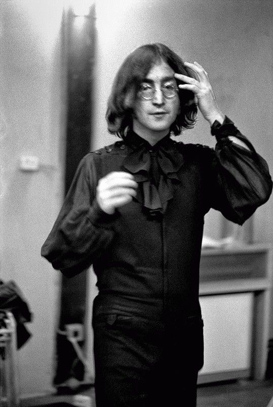 John Lennon in a stylish ruffled shirt while at the Mercury Theatre Dance Studio in London during the weekend of July 28, 1968