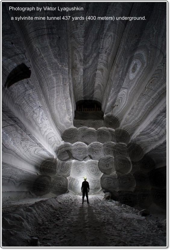 Depth Perception Get Lost in the Dark Beauty of a Russian Salt Mine #photography