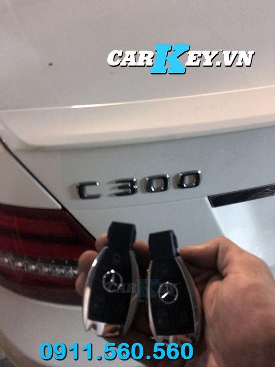 chìa khóa ô tô Mercedes C300