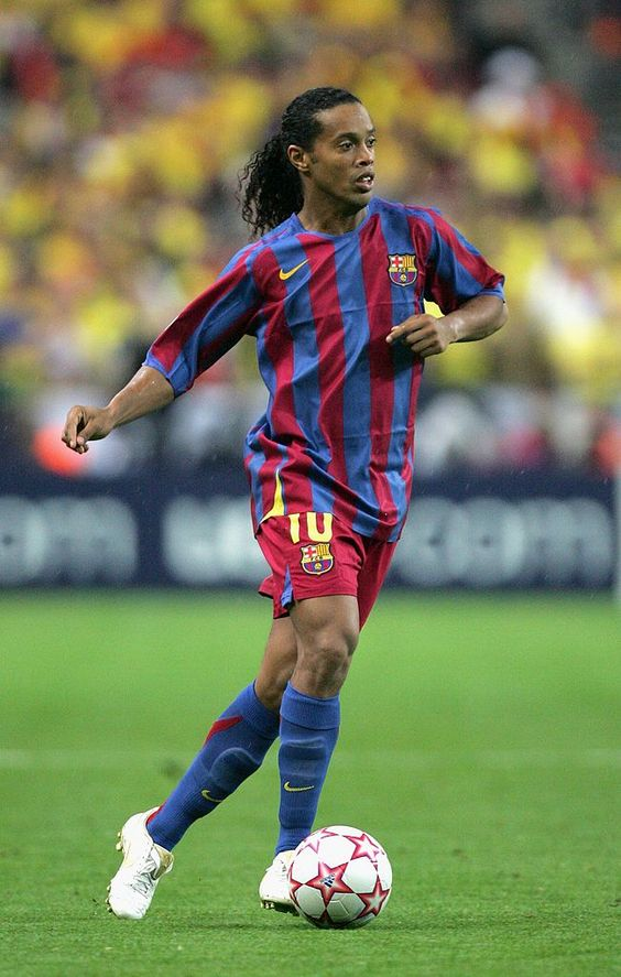 Ronaldinho Of Barcelona In Action During The Uefa Champions League Uefa Champions League Barcelona Champions League Classic Football Shirts