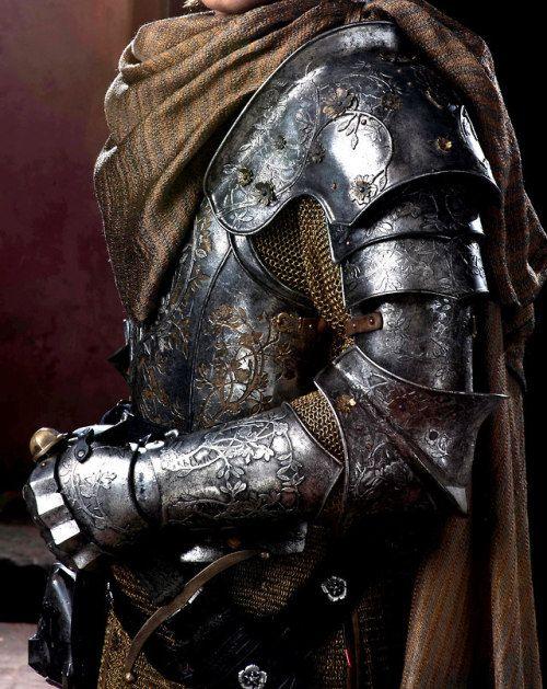 Resultado de imagem para knight armor aesthetic