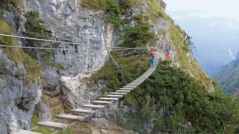 8 Klettersteige Fur Anfanger In Den Alpen Klettersteig Wandern Bayern Klettern