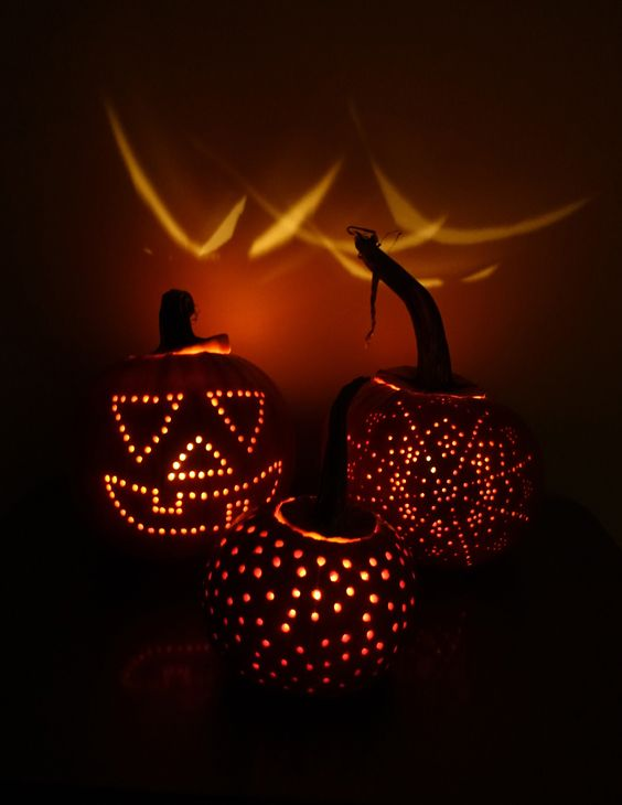 Halloween Pumpkin Drill Holes Recherche Google Pumpkin Carving With Drill Pumpkin Drilling Diy Pumpkin Carving
