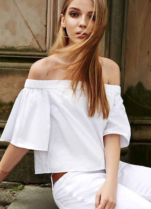 31 Stylish Ways To Wear An Off-The-Shoulder Look
