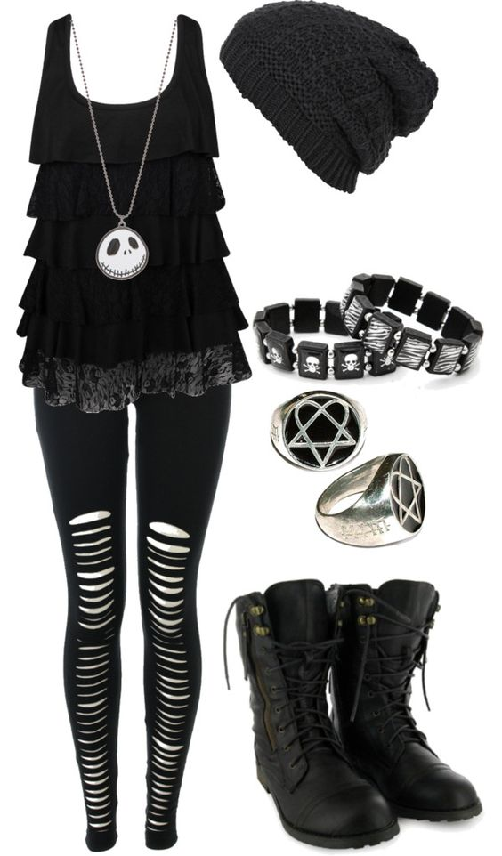 Goth clothes for women