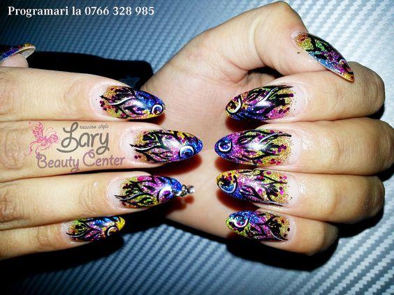 unghii migdala   http://www.larybeautycenter.ro/servicii/unghii-cu-gel-sau-acryl