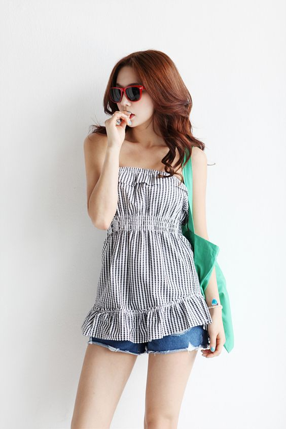 Itsmestyle to look extra k-fashionista ♥ www.itsmestyle.com #fashion #kfashion…: