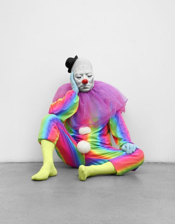 Ugo Rondinone, vocabulary of solitude, sleep, 2014, clown costume, mask.