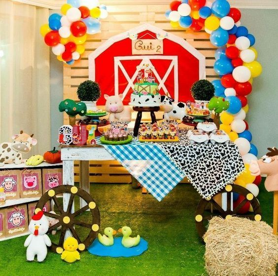 Ideas Para Decorar Una Fiesta De La Granja De Zenon Decoracion De La Granja De Zenon Par Farm Animals Birthday Party Farm Birthday Party Animal Birthday Party