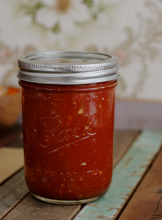 ❤  Recept voor homemade Mexicaanse salsa. Maak meteen een flinke portie, zodat je even vooruit kan!