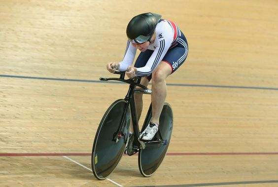 GB's Katie Archibald successfully defends her individual pursuit title at Euro Track Champs http://bbc.in/1Ki0ULN