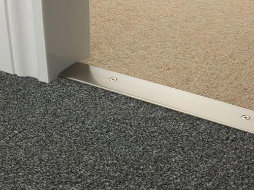 Carpet Runners For Hardwood Floors Cuttosizecarpetrunners Carpetscoloradosprings Living Room Carpet Carpet Door Bar