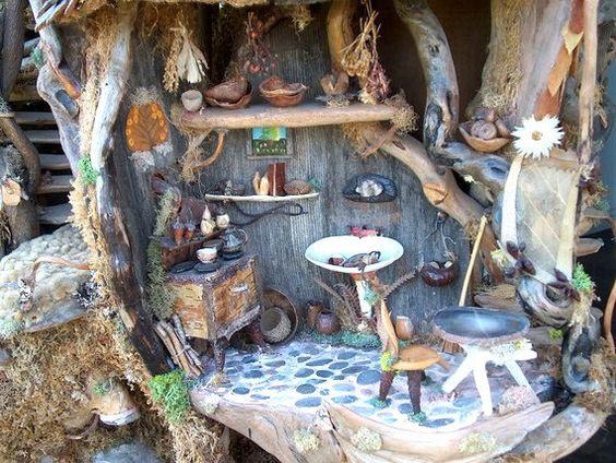 The Fairy Treehouse Beautiful Creation from von Sunflowerhouse