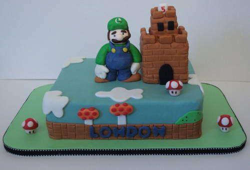 Luigi fondant cake! - COOKING