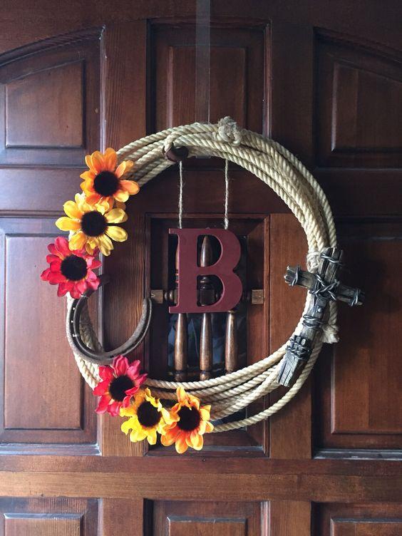 Lasso wreath DIY western decor