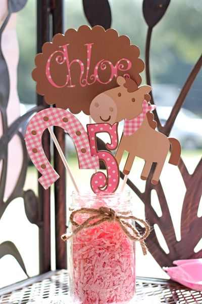 Girls horse themed birthday party horsin 39 around at for 5th birthday decoration ideas