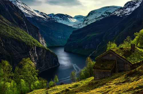 Geirangerfjord, Norway photo by max