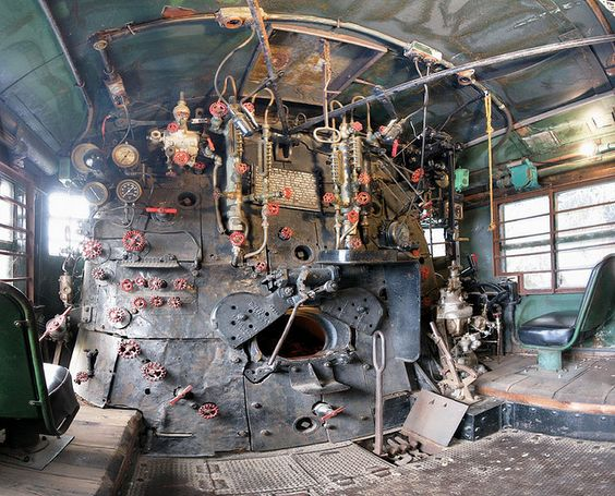 how to become a locomotive driver in australia