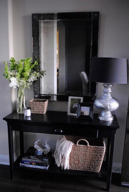 Entryway Table Decor  : ENTRYWAY DECORATING IDEAS: FOYER DECORATING IDEAS: HOME DECORATING IDEAS