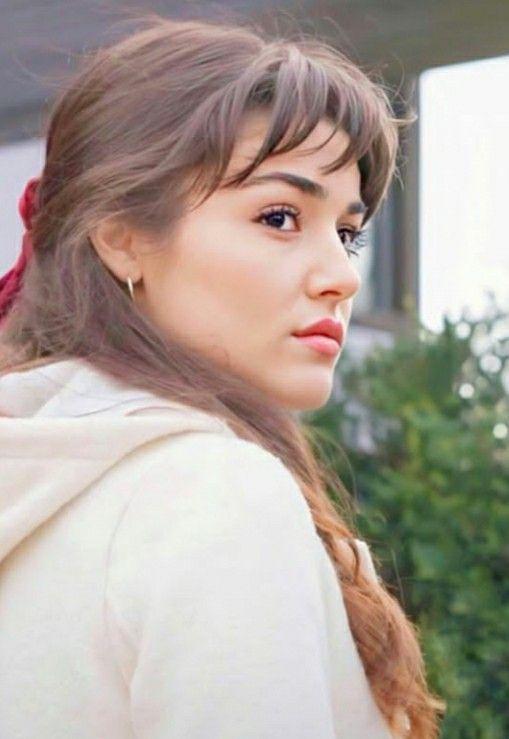Beauty In 2020 Beauty Hande Ercel Celebrities