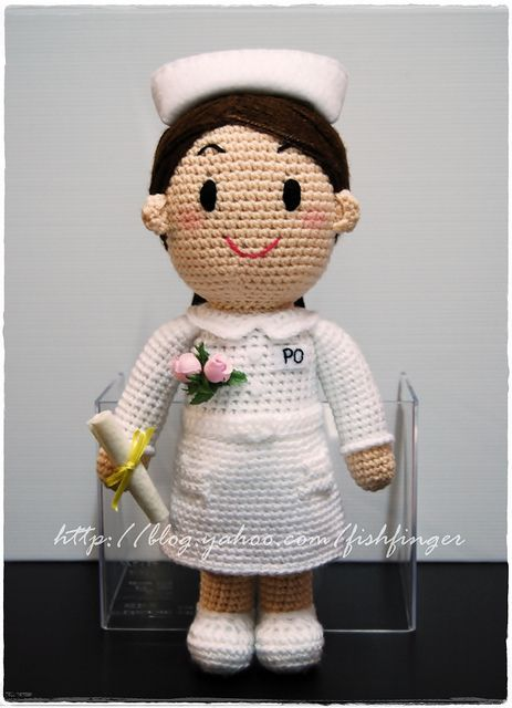 Amigurumi Nurse Pattern : Amigurumi Graduate Nurse_01 by Fish Finger Craft, via ...
