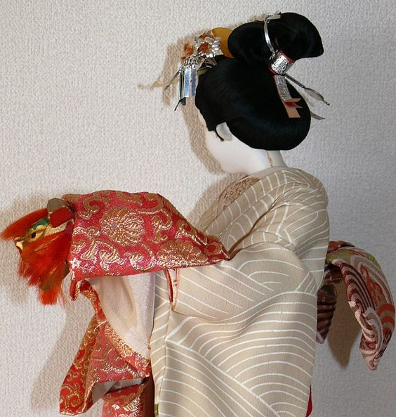 japanese silk-faced doll, 1940's