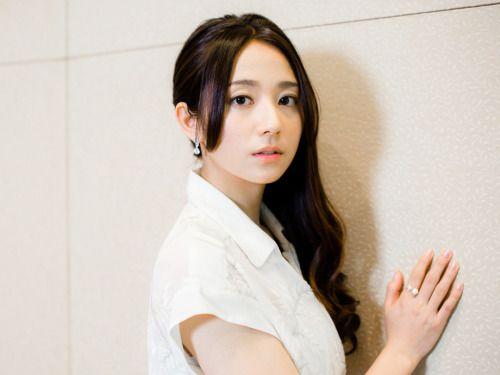 白いお洋服の木村文乃