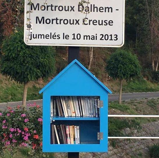 Boîte à livres Mortroux