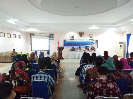 Socialization of E-commerce for Industry in Bangka 2017