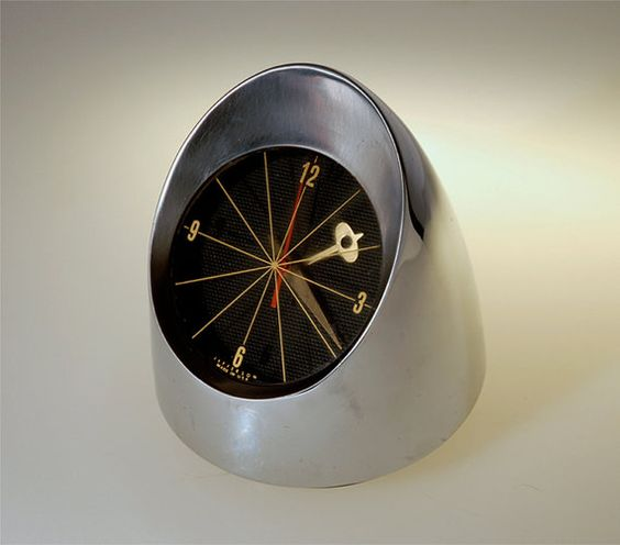 Jefferson 500 Chrome Space Age Desk Clock