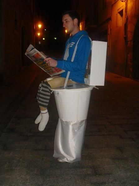 DIY Toilet Halloween Costume for adults too funny! #Creative ...