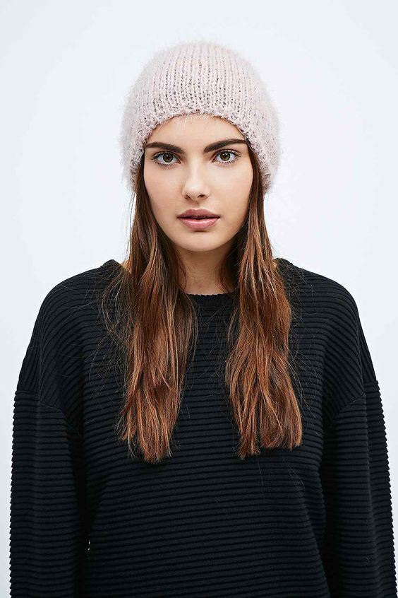 Slouch Beanie in Rose Pink