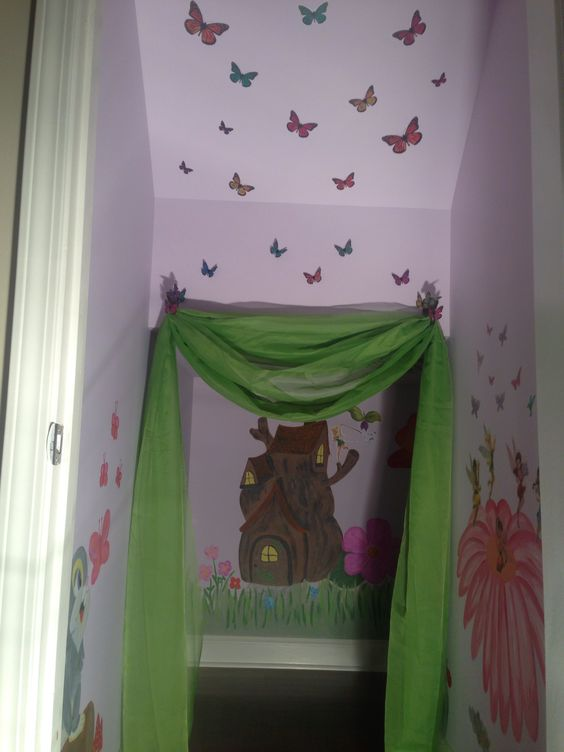 Fairy playroom (storage room makeover )