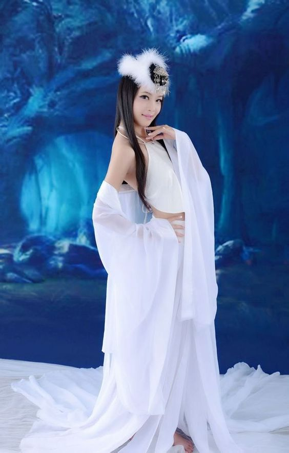 Древни китайски бели ханф дрехи за жени Бахрейн