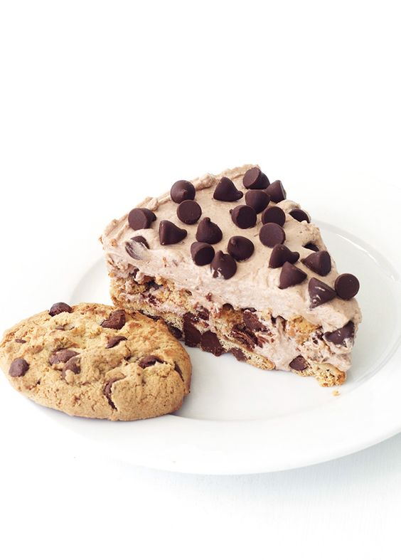 Icebox cake, Chocolate chip cookie and Chocolate chips on Pinterest