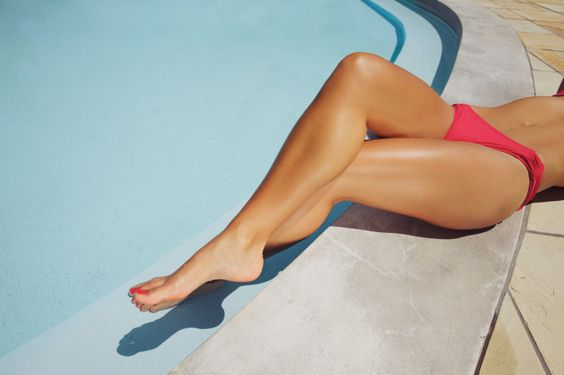 Por que a depilação da sua perna dura tão pouco? 6 erros que você comete