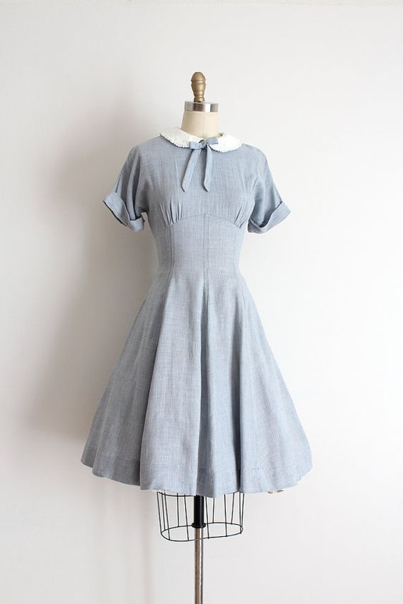 Vintage 1950s dress // 50s cotton day dress: