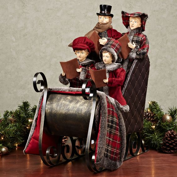 Vintage Wooden Christmas Carolers Set Of 3 Victorian: Victorian Carolers Figurines