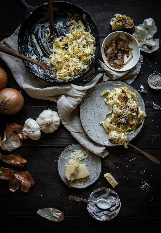 Alfredo Sauce with lots garlic and yogurt plus caramelized onions