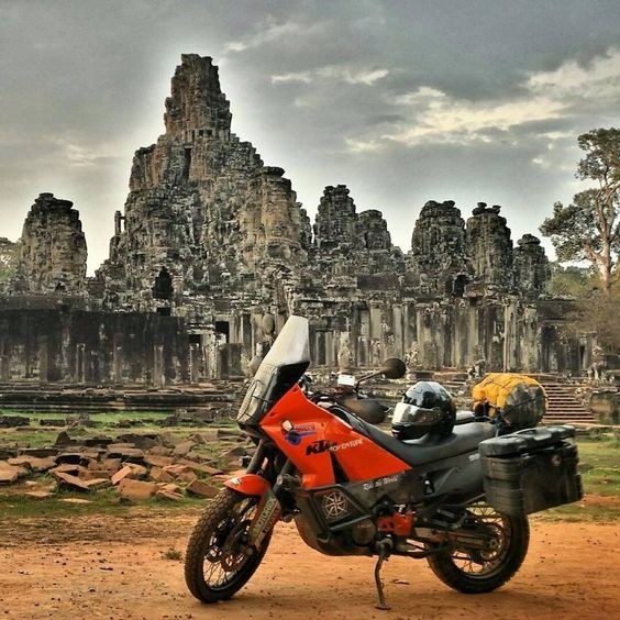#Cambodia Angkor Wat - ph Darren Lim #adv #ktm