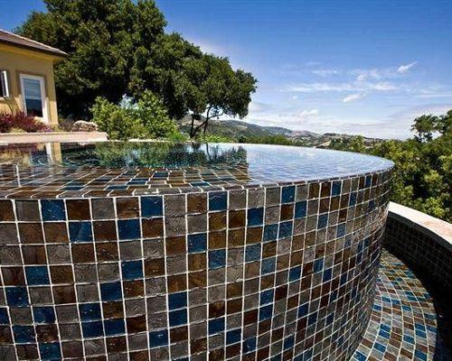 Lightstreams Glass Tile Infinity Edge Spa Perimeter Overflow Spa Slot Overflow Spa Flagstone Patio Glass Tile Mosaics T Pool Designs Luxury Pools Spa Pool